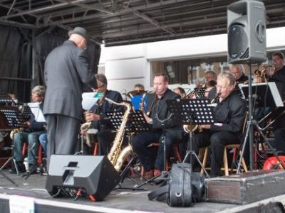 15.00 Koncert with Thirsty Night Big Band